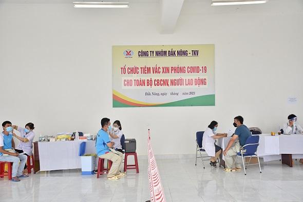 Công ty Nhôm Đăk Nông - TKV: Tiêm vắc xin phòng dịch COVID-19 cho công nhân, người lao động
